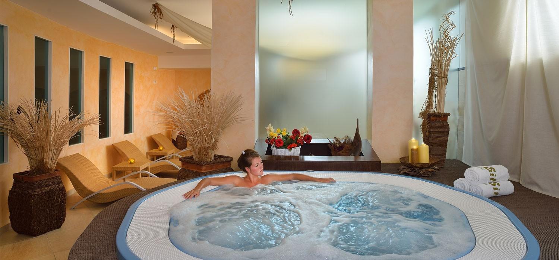 Hotel senigallia con palestra centro benessere massaggi - Hotel con piscina senigallia ...