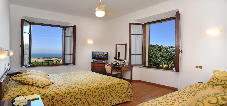 Hotel con camere vista mare senigallia nelle marche - Hotel con piscina senigallia ...