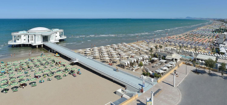 Hotel a senigallia con spiaggia velluto convenzionata - Hotel con piscina senigallia ...