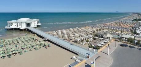 Spiaggia e Rotonda